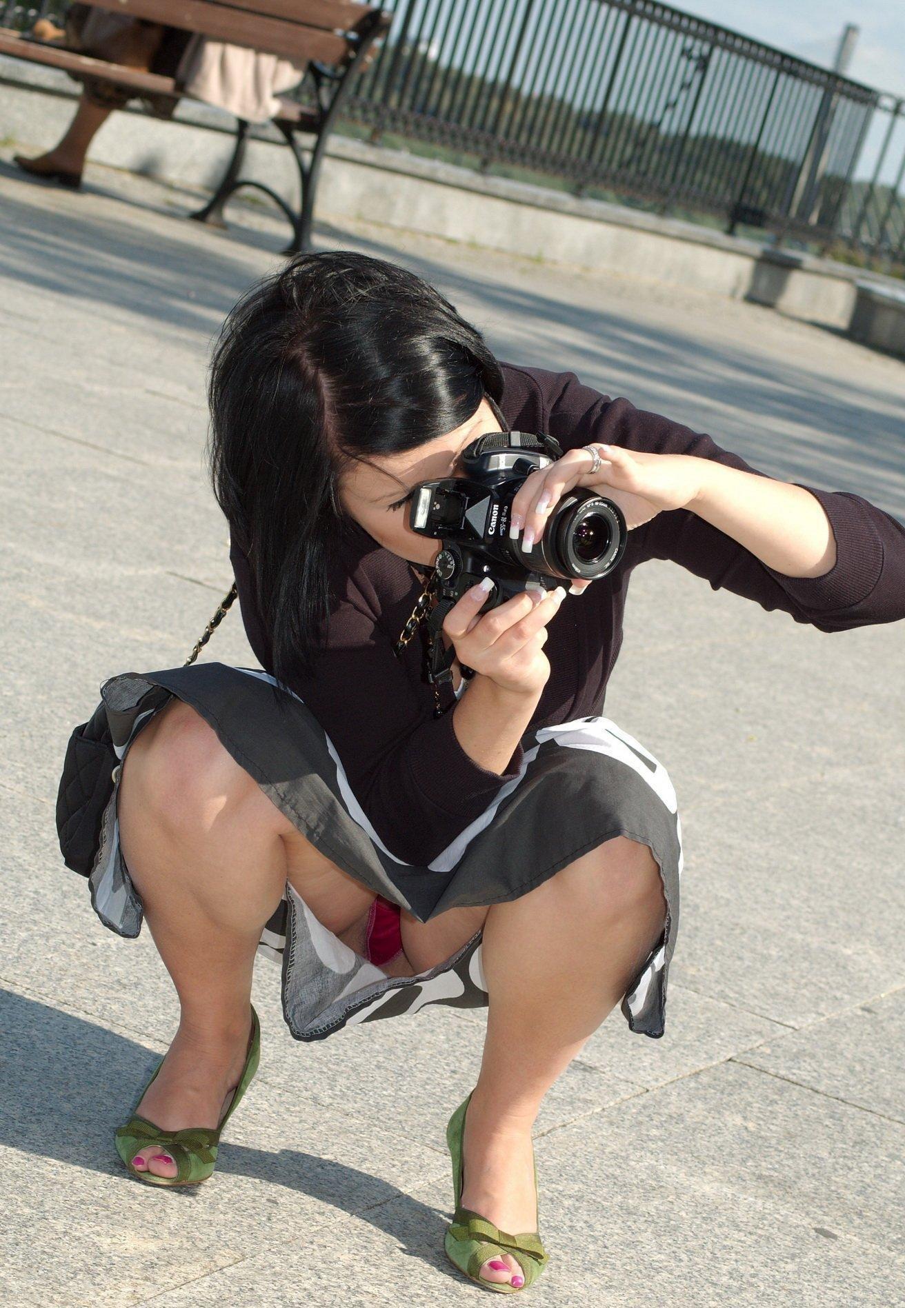 anala-bri-pod-yubkoy-u-fotografov-foto-bez-rezini
