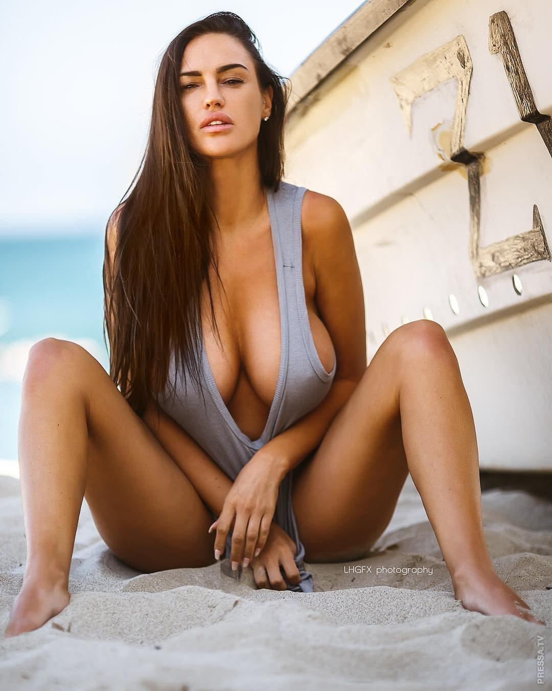Девушки дня голые, порно онлайн зрелую в двоека