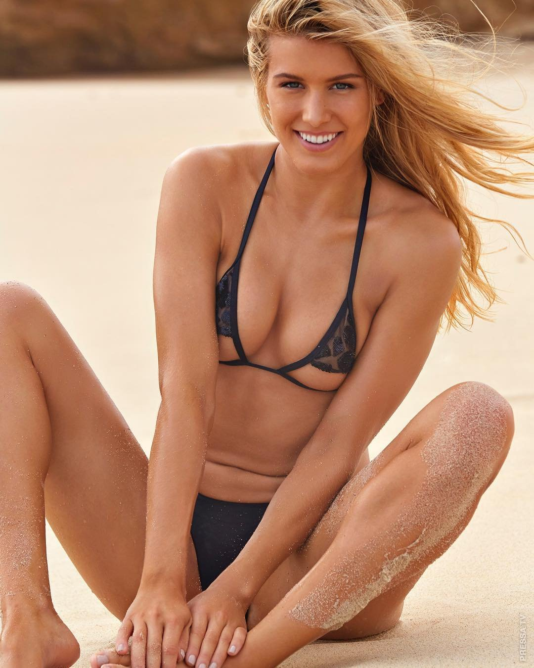 Genie bouchard nude pics, moving images naked men having sex