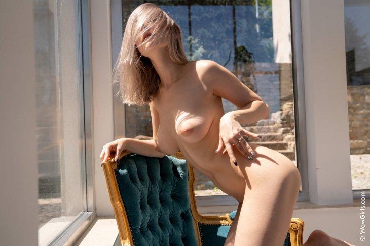 Eva Elfie 2