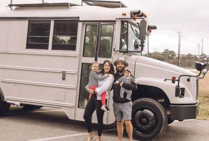 Семья из Флориды все распродала и отправилась в путешествие