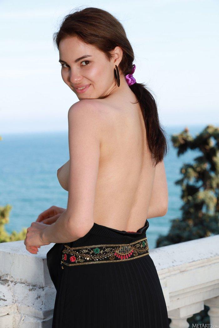 Nina Sphinx - Девушка Дня